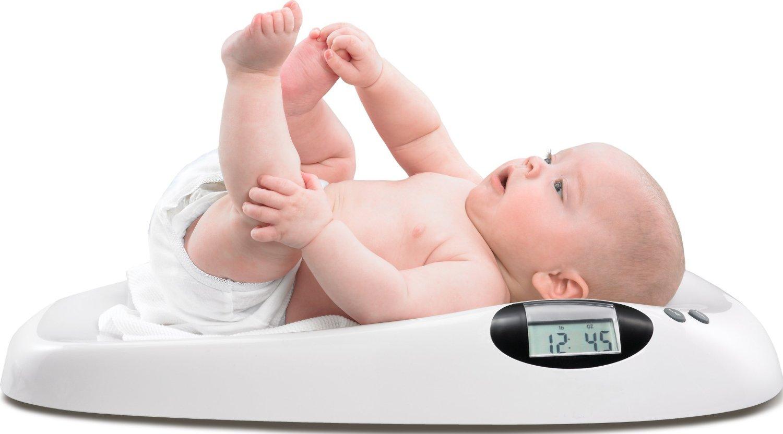 Bé 3 tháng tuổi nặng bao nhiêu kg